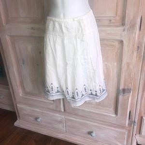 Old Navy White Skirt NEW Woman's Medium